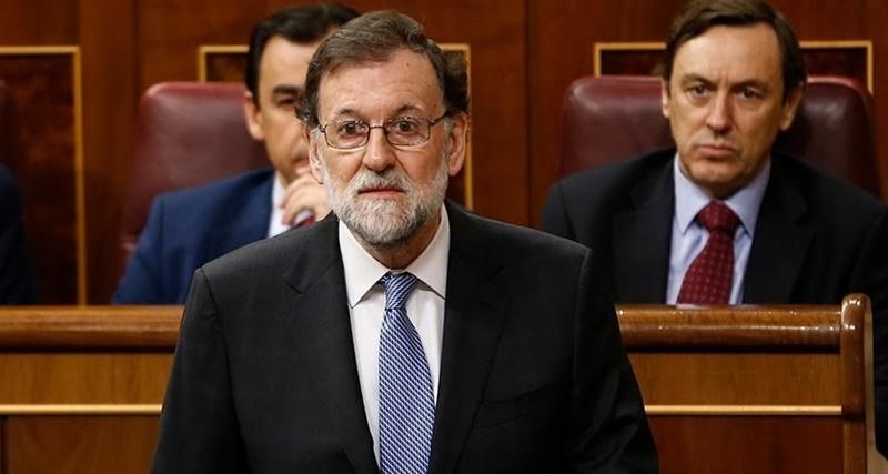 El ex presidente del gobierno español Mariano Rajoy renunció como diputado